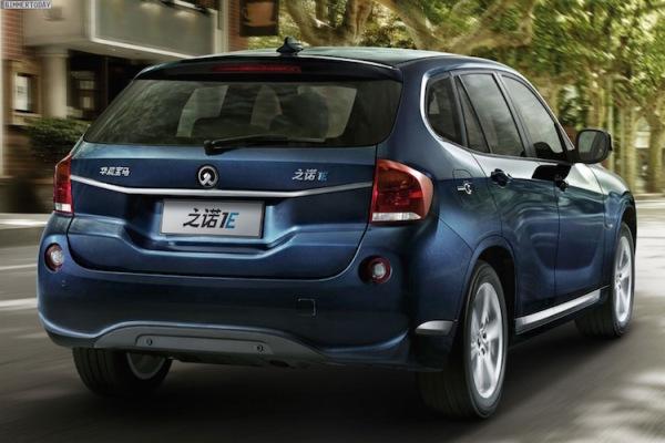 車尾造型和BMW X1亦相去不遠